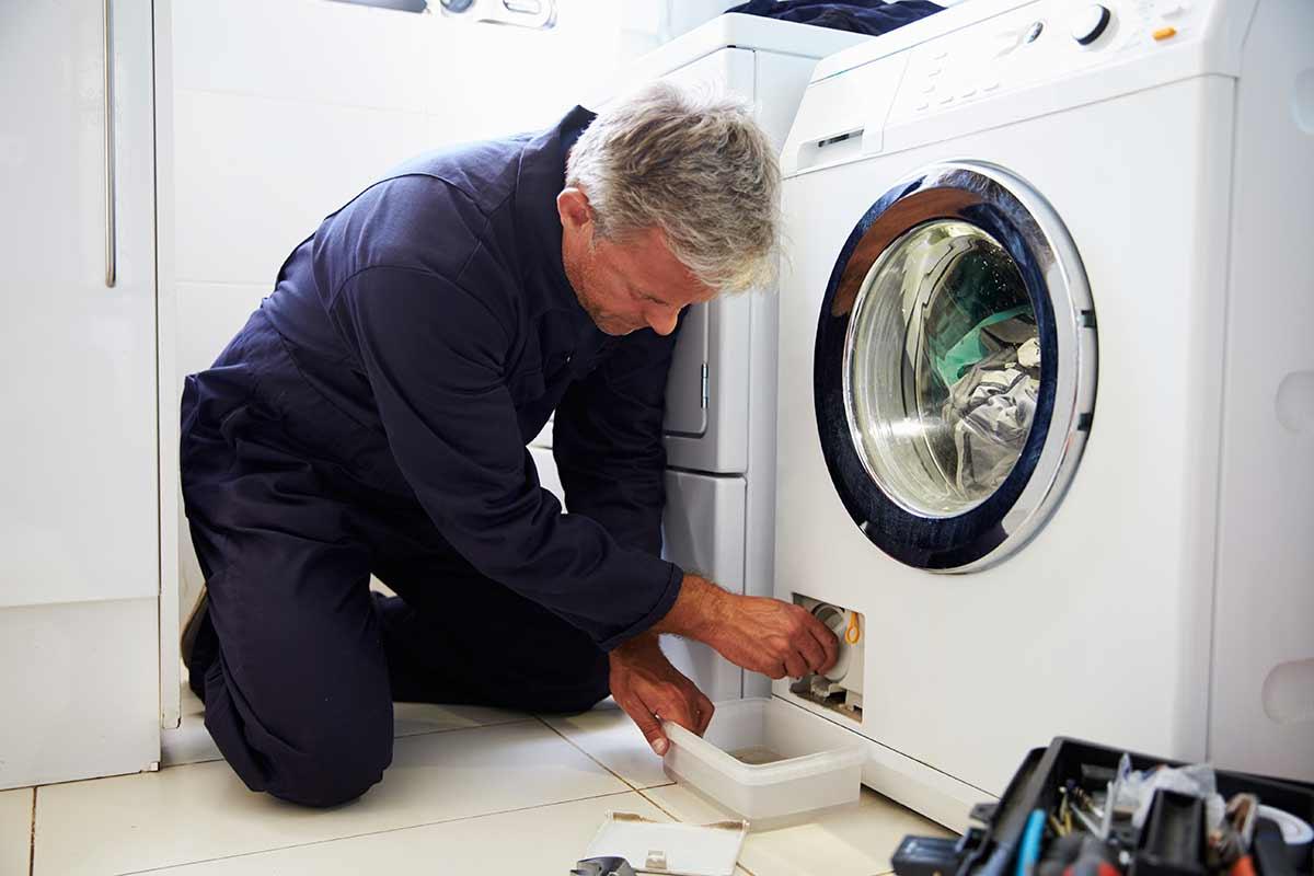 Πώς καθαρίζουμε πλυντήριο ρούχων από μυρωδιές